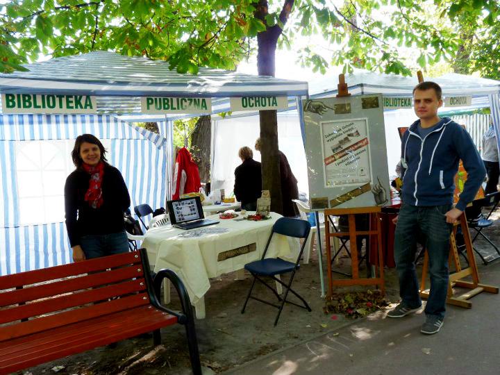 """Inauguracja projektu """"FotoOchota"""" na pikniku w Parku Szczęśliwickim - wrzesień 2011"""