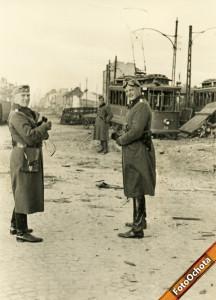 Ulica Grójecka na wysokości numeru 104 Data: Po kapitulacji Warszawy w 1939 r.