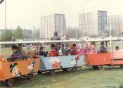 Plac Zawiszy - wesołe miasteczko